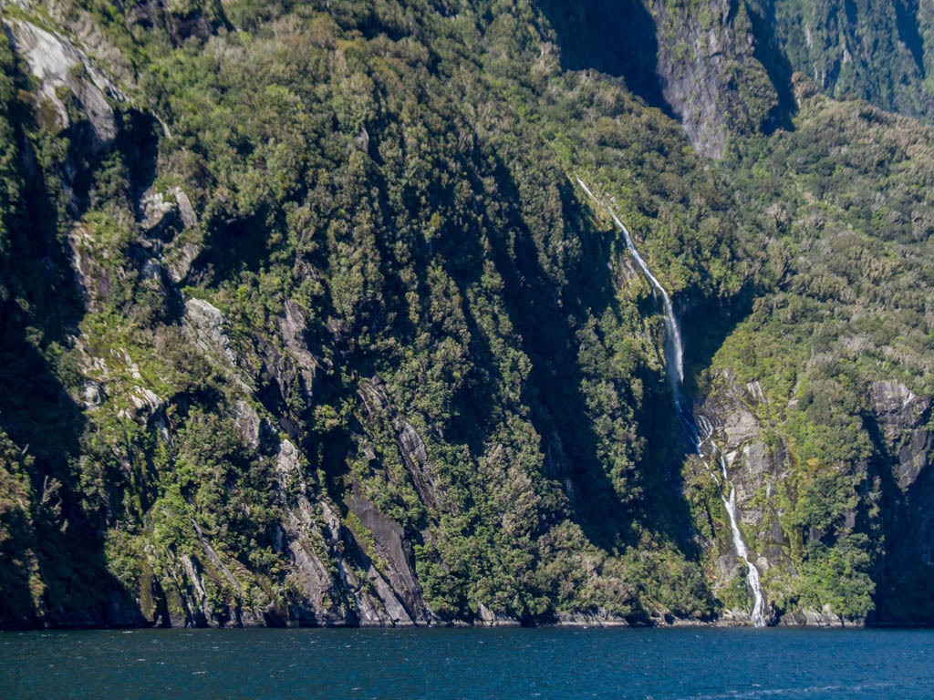 383 - Milford Sound 9