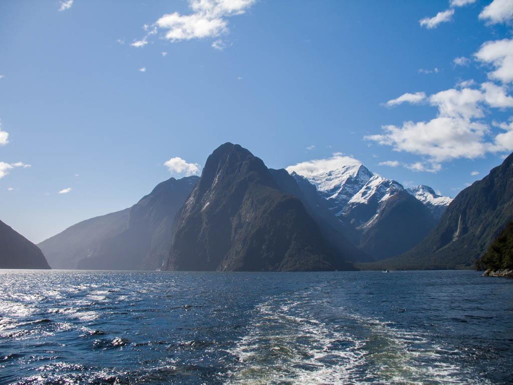 390 - Milford Sound 12