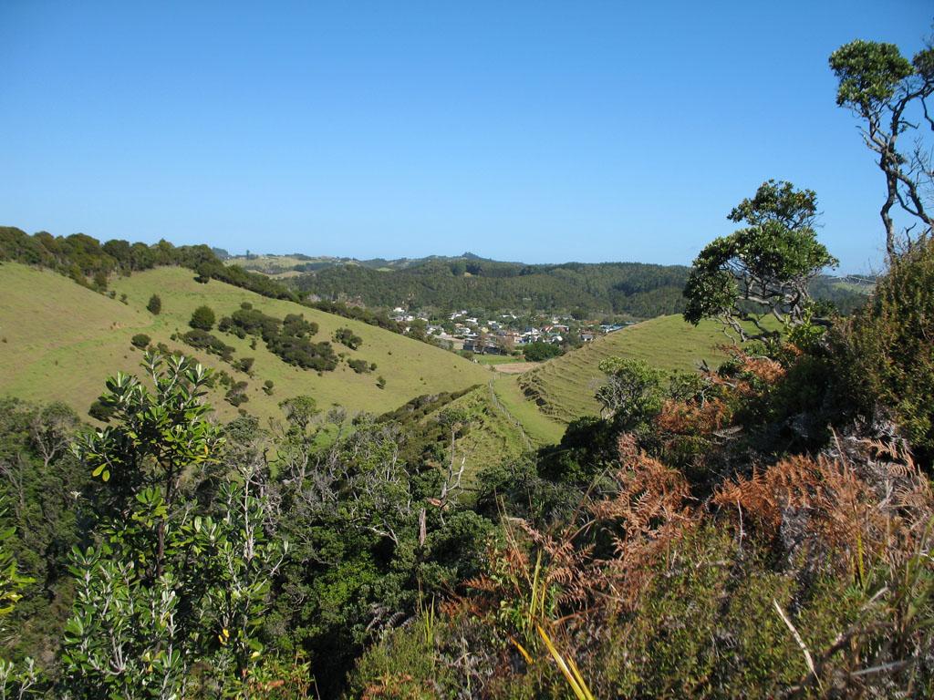 067 - Vue de Matapouri depuis le Lookout