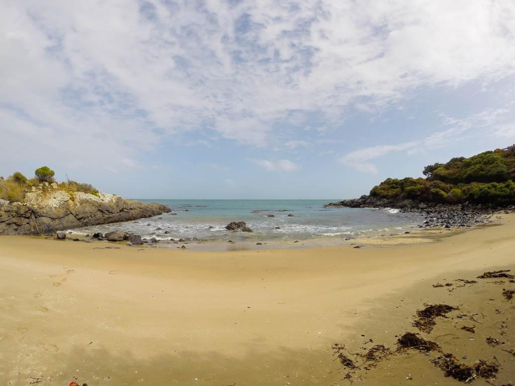Sur la plage de Bluff