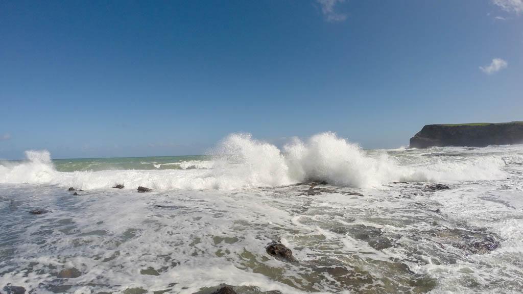 Écrasement des vagues à Curio Bay