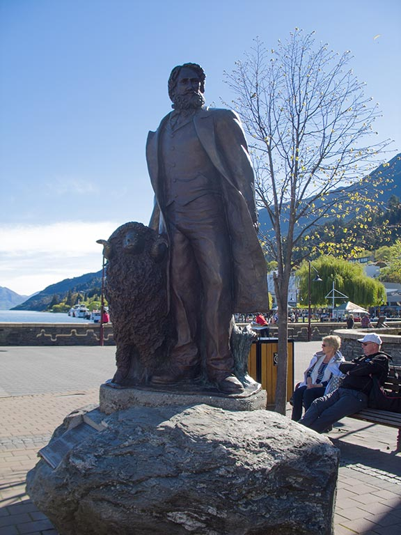 William Rees Statue - Queenstown_NZ