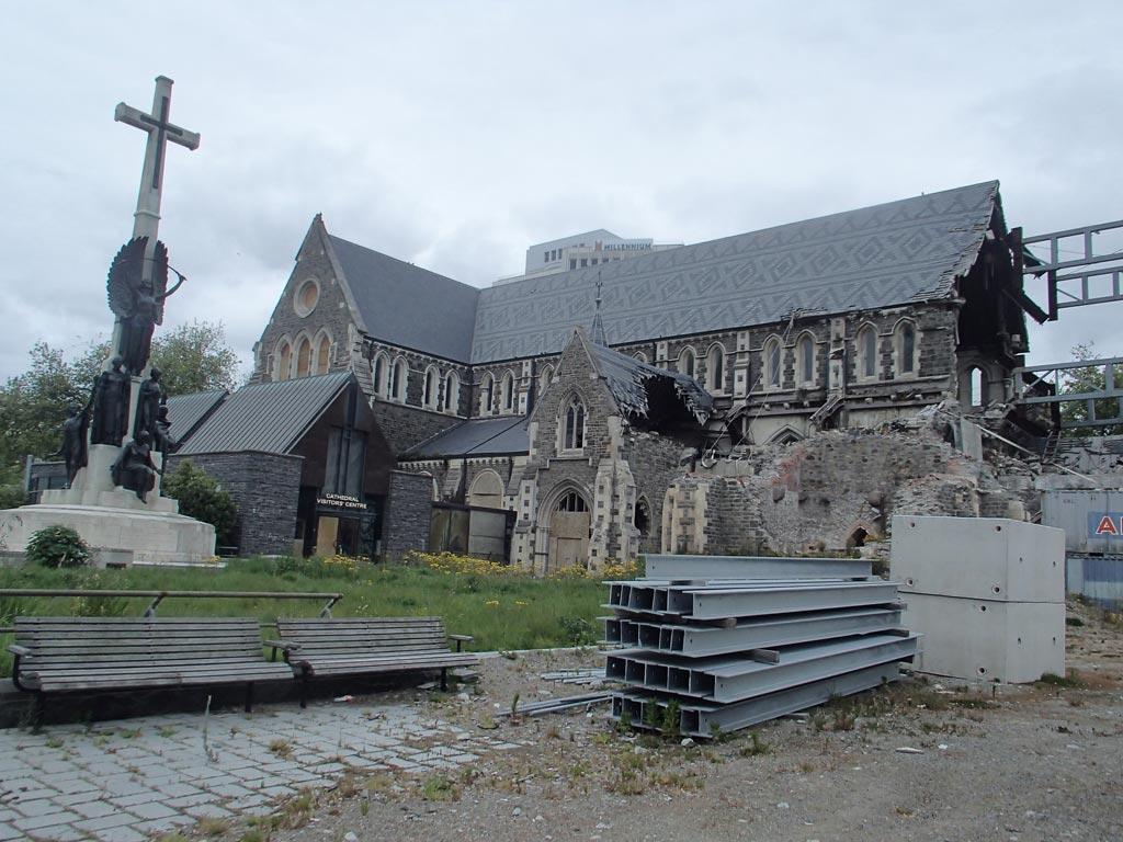La Cathédrale de Christchurch détruite