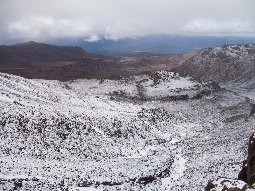 Tongariro Alpine Crossing - Versant South Crater